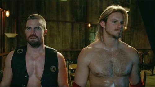 'Heels' Trailer: Stephen Amell and Alexander Ludwig Star as Small-Town Pro Wrestlers (Video)