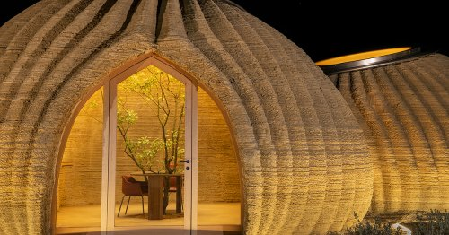 350 Layers of Coiled Clay Form an Organic Low-Carbon Home Made Through 3D-Printing