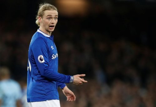 Everton: Journalist question if Tom Davies is good enough