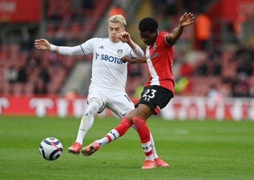 Leeds United: Many fans react to latest Alioski footage