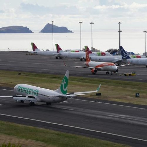 Airport of Madeira with 18 flights only today – A Hope for the Future