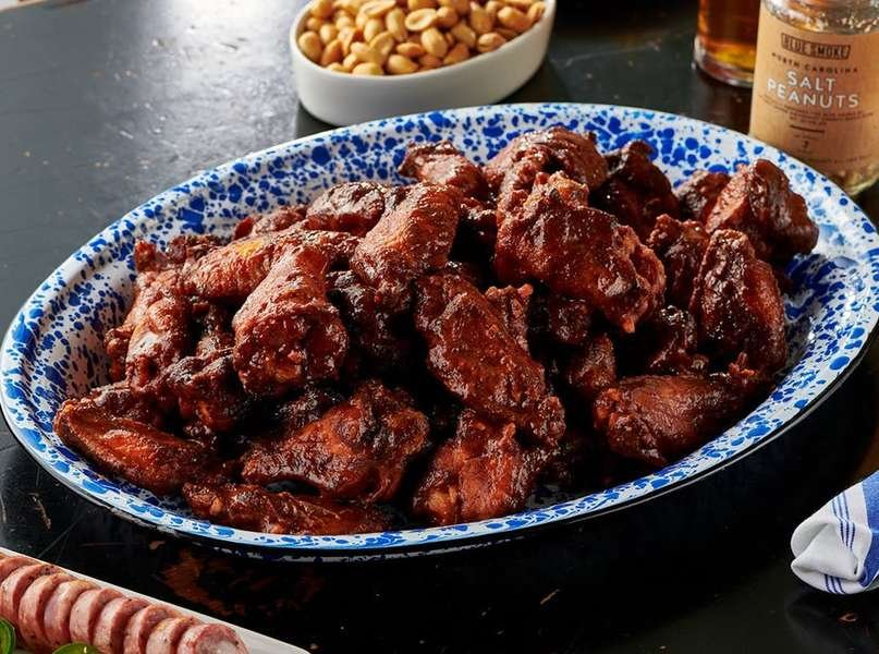 8 Finger-Licking-Good Wing Spots Across the Country That Ship Everywhere