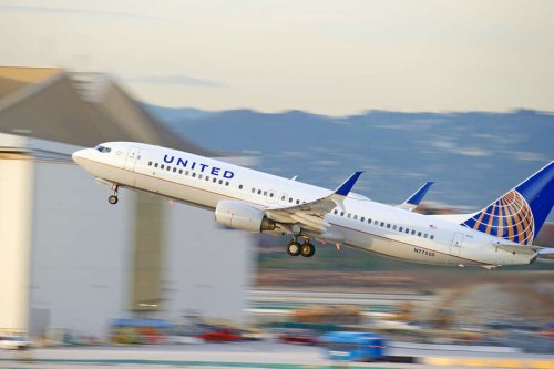 United Airlines Extends Travel Waiver, Makes It Easy to Change & Cancel Flights