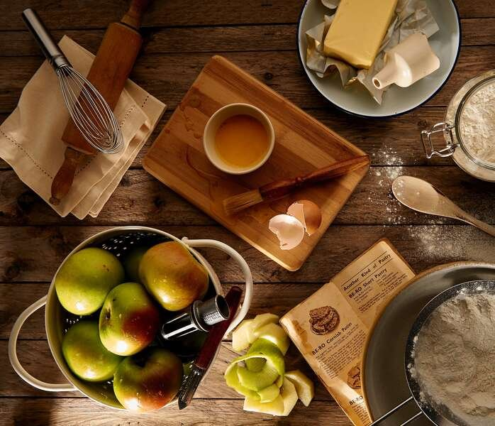 8 Gadgets and Tools to Get You Ready For Apple Picking (and Baking) Season