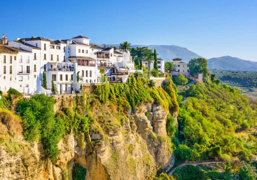Spain Announces Plans to Start Welcoming American Tourists Again This Summer