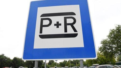 """Erfurt: Frau fährt an Parkplatz vorbei und wird stutzig – """"Kann das wahr sein?"""""""