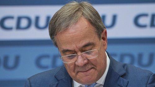Armin Laschet im Kreuzfeuer: Jetzt fordert auch ER seinen Rücktritt