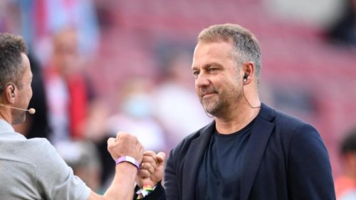 Bundestrainer Flick über Stadionbesuche: Gehört einfach dazu