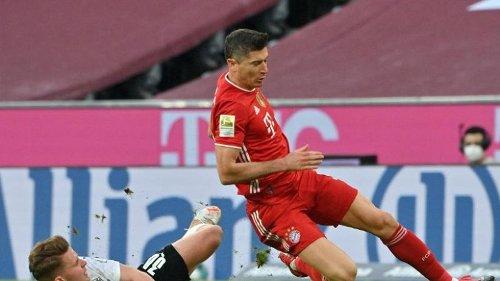 Gladbach gegen Bayern Auftaktspiel der Fußball-Bundesliga