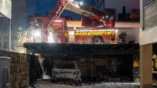 Brand eines Elektro-Hybridautos in Apolda: Polizei schließt Brandstiftung nicht mehr aus