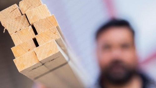 Mehr Aufträge für Bauhauptgewerbe - aber Baustoff-Probleme