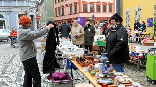 Flohmarkt in Gotha von Kindern für Kinder