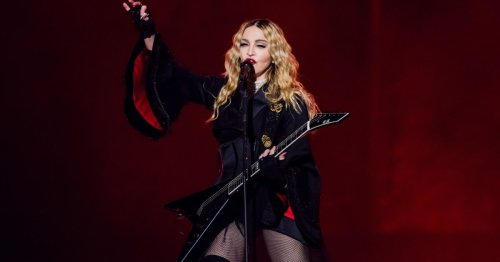 Madonna Cries Onstage as She Pays Tribute to Victims of Paris Attacks