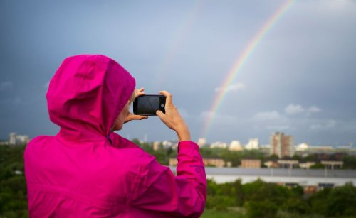 Want to Take Better Smartphone Photos? Try These 10 Tips From Pro Photographers