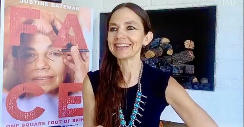 Watch: Justine Bateman on the Reaction to Her Book and Why Fear of Aging Is Worse Than Looking Older