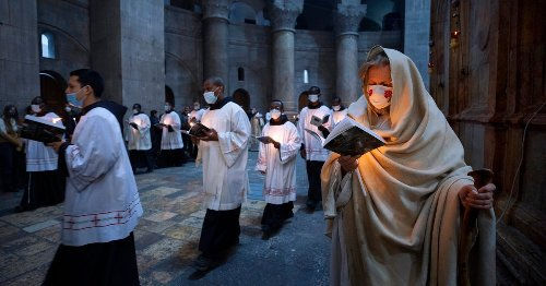 Hymns Through Masks: Christians Mark Another Pandemic Easter