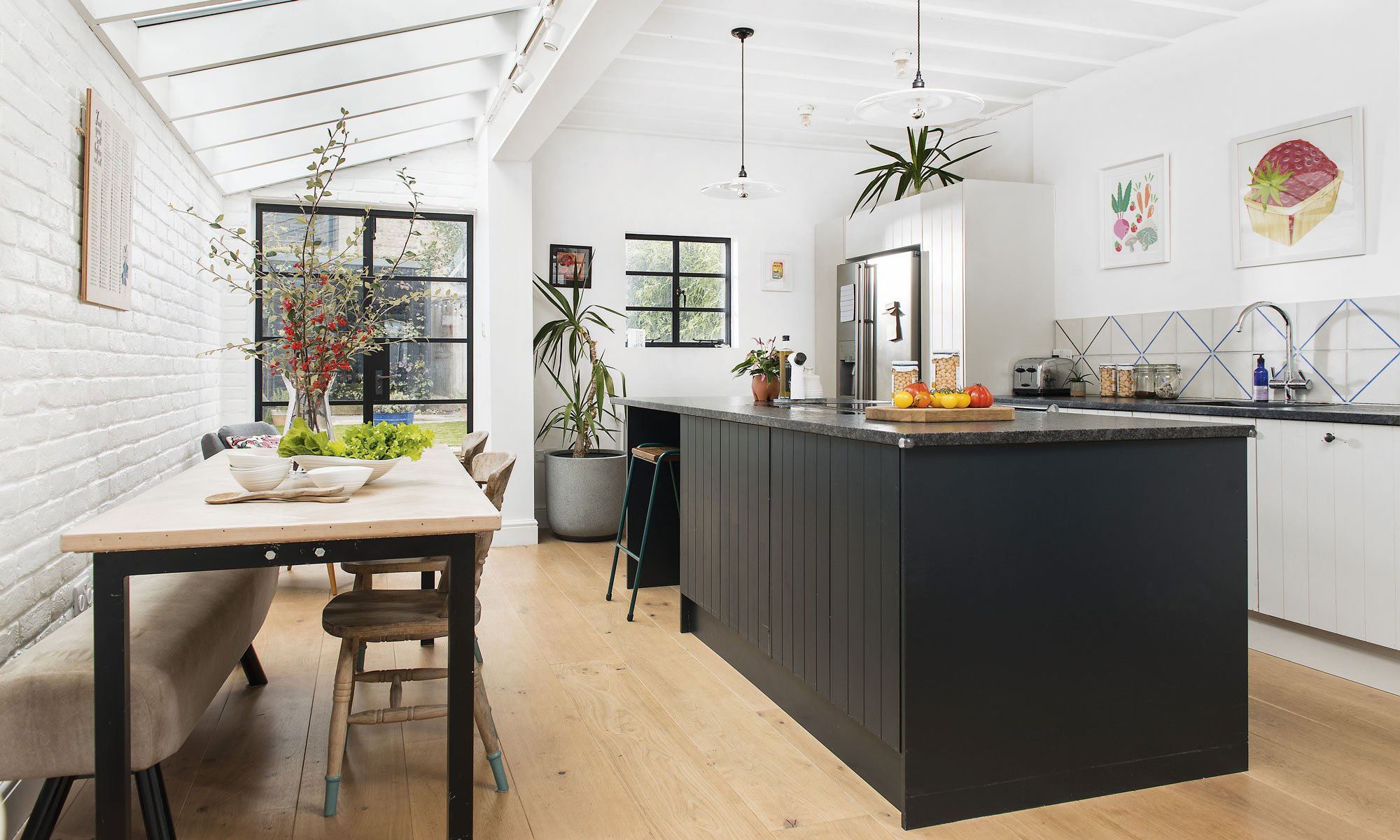 Before and After: smart extension turns a narrow kitchen into a cool contemporary family space