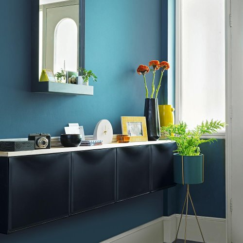 Hallway storage ideas – to create a practical entrance that is neat and tidy