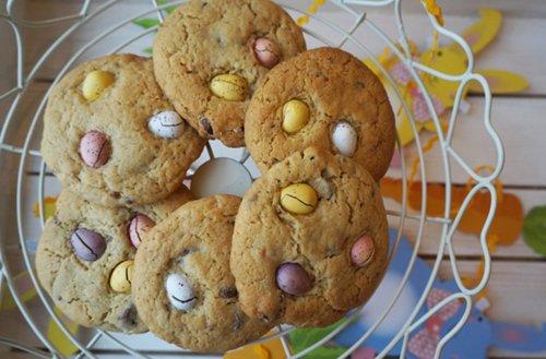Chunky Mini Egg Cookies