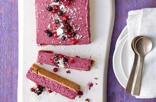 Vegan Berry Mousse Cake Bar