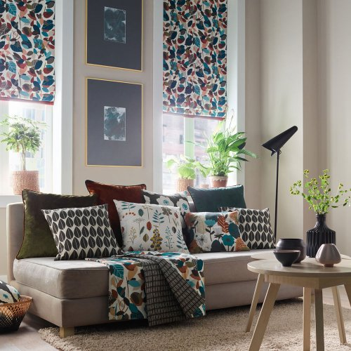 Window treatment ideas – ways to dress with curtains, Roman blinds and shutters in any room