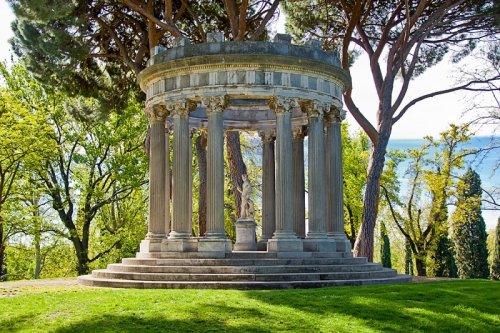 Tres recorridos gratuitos por la arquitectura de Sabatini en Madrid