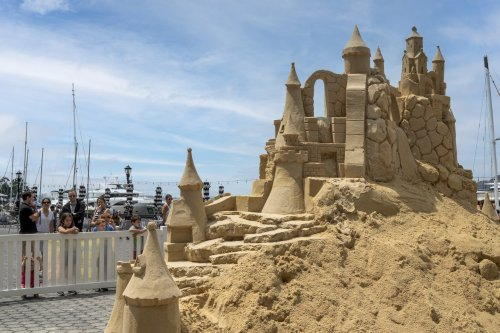 There's a massive sandcastle in the middle of Manhattan