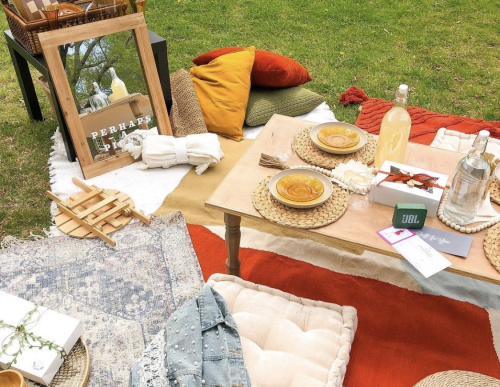 This new service sets up personalized pop-up picnics in parks all over the city