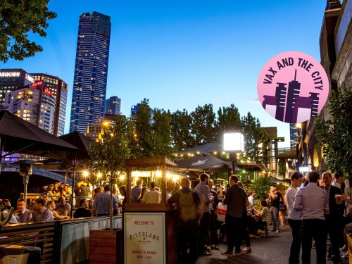 You can eat, drink and shop outdoors all summer in Melbourne