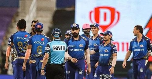 Little irresponsible: Mumbai Indians' coach on crowd being allowed for India-England series