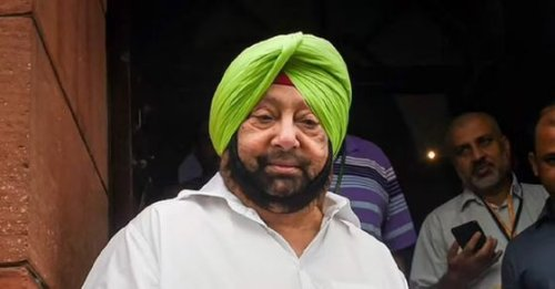 'Busy fighting amongst themselves': After Amarinder Singh's exit, political leaders corner Congress
