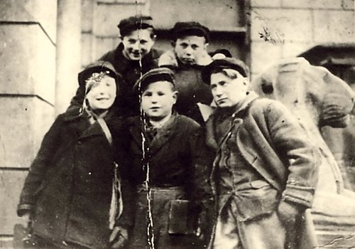 Special Report: The street boys who sold cigarettes after escaping Warsaw ghetto