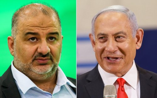Netanyahu met with Ra'am chief, urged him not to back Lapid-Bennett coalition