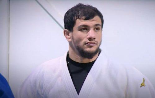 Algerian suspended from world judo for refusal to face Israeli at Olympics