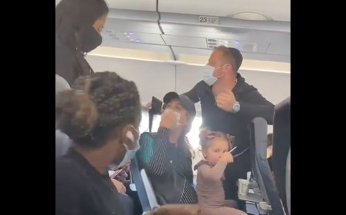 Spirit Airlines temporarily kicks Jewish family off plane over toddler's mask