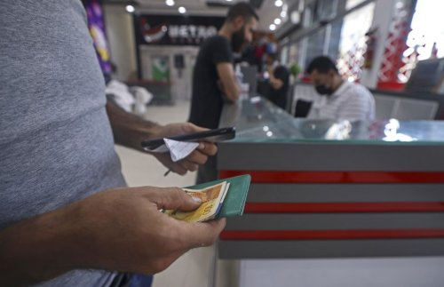 Qatar restarts distributing aid to needy Gazans, minus the suitcases of cash