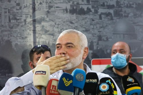 Hamas hails 'victory in battle for Jerusalem' after onslaught on central Israel