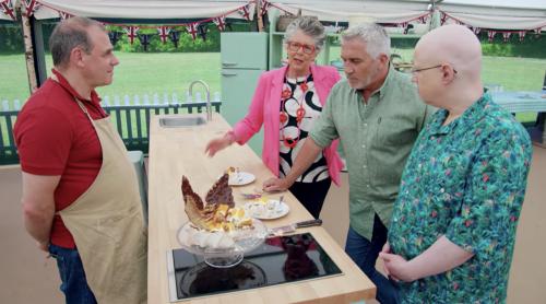 Jürgen brings Passover to 'Great British Bake Off'