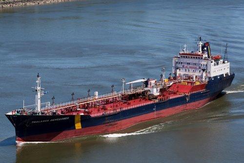 Crew of tanker off UAE coast said to thwart Iran hijacking by sabotaging engines