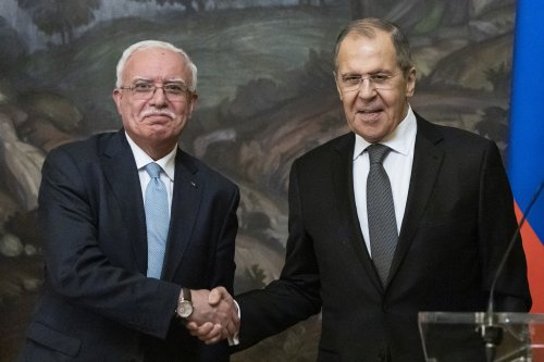 Russia says its ready to promote direct Israeli-Palestinian contacts