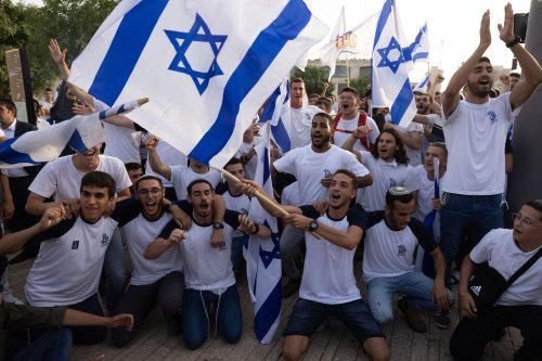 Jerusalem flag march organizers say agreement reached with cops on parade route