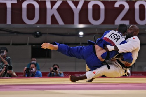 Israel's mixed judo team loses Olympic quarter-finals, will compete for bronze