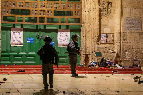 TV: Palestinians stocked rocks for Temple Mount riots, police caught unawares
