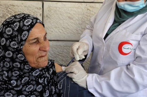 Israel to give Palestinians 1.2 million COVID vaccines in coming days — report