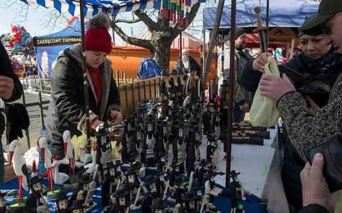 Krakow official: Good luck figurines of Jews are antisemitic, shouldn't be sold
