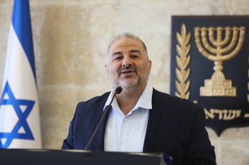 No coalition talks until Jewish-Arab violence abates, says kingmaker Abbas