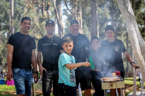 Israel lifts outdoor mask requirement, fully opens schools Sunday, as COVID ebbs