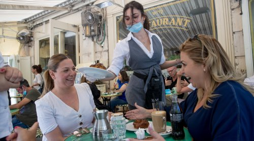 Des restaurants abandonnent la certification casher du Grand rabbinat israélien