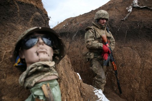 What's behind the escalating tensions in eastern Ukraine?