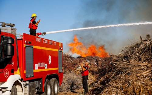 Incendiary balloons from Gaza spark fires in south for second day in a row